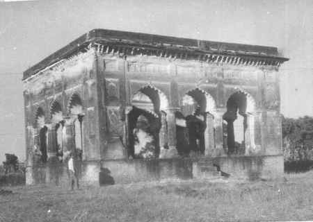 Pavilion where Mumtaz is said to be buried
